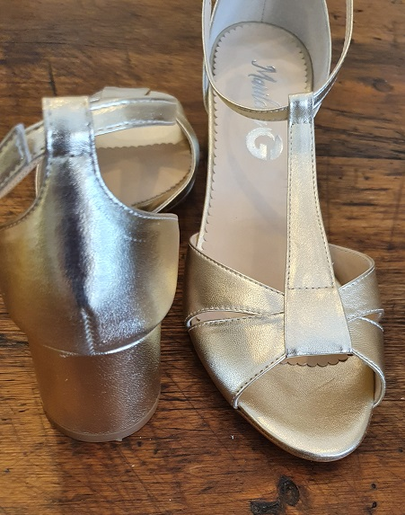 sandalo tacco comodo